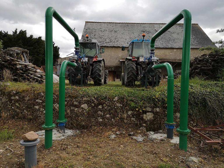 Branchement de 2 tracteurs aux pompes du système d'aspersion antigel