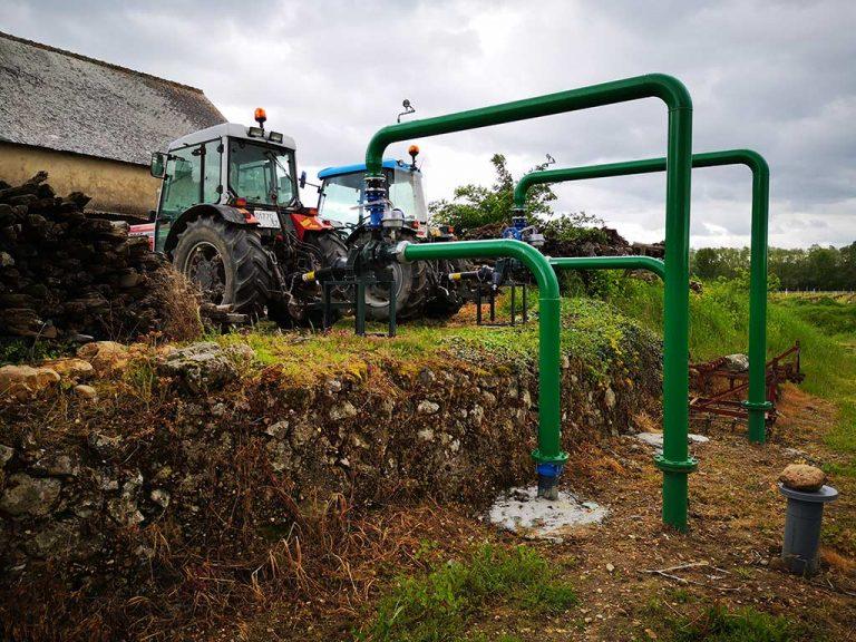 branchement des tracteurs du manoir de la bellonnière aux pompe du système d'aspersion antigel